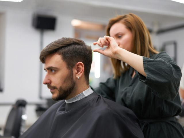 5 Important Things You Should Know About Hair Stylists